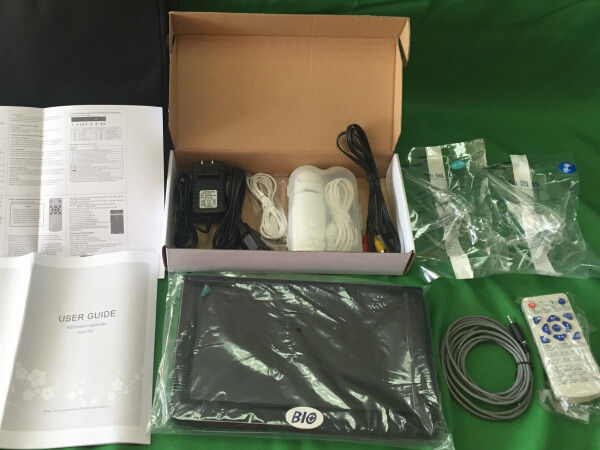 PAL Color System AV Signal Digital Electronic Colposcope With TF Card And Monitor